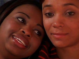 एशले और Kisha: सही फिट खोजने वृत्तचित्र