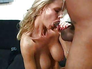 सेक्सी शिक्षक एक भाग्यशाली stud.f70 fucks