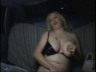 सींग फैट मोटा पार्टी लड़की टैक्सी टैक्सी में हस्तमैथुन, P2