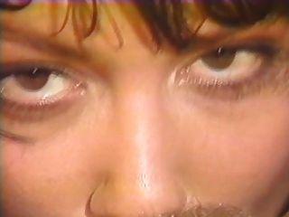 Jeanna ठीक और शेरोन केन समलैंगिक दृश्य