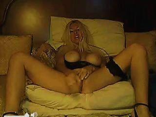 बड़े स्तन के साथ परिपक्व गोरा - वेब कैमरा शो