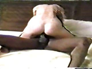 दिलेर गर्म पत्नी 2 आत्मा भाइयों entertaines
