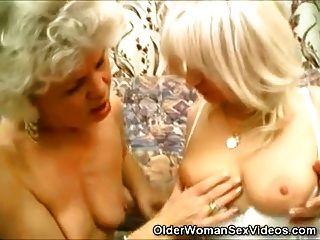 समलैंगिक grannies