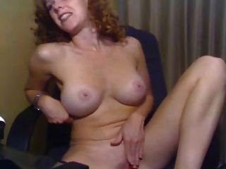 अच्छा स्तन हस्तमैथुन के साथ लड़की