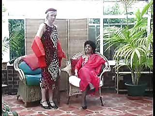 होली और pamindra