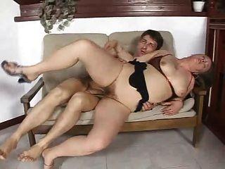 जर्मन बिग गधा परिपक्व गुदा सेक्स