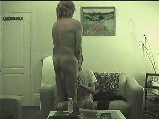 tranny सड़क वेश्या चूसा जाता है, गड़बड़ Fisted और निप्पल अत्याचार - एक बात दूसरे की ओर जाता है -