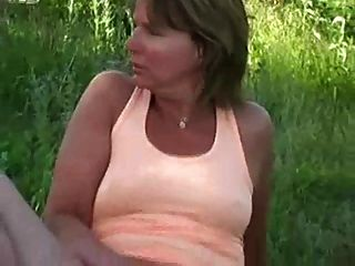 एक सींग फुटबॉल माँ