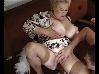 दादी # 4 chocholo द्वारा