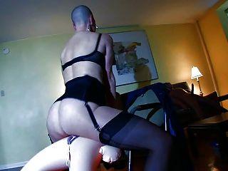गंजा गुलाम sexdolls साथ गांठदार यौन संबंध