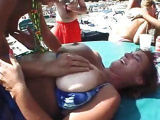 maduras cachondas समुद्र तट