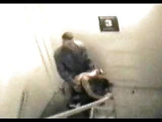 सार्वजनिक सेक्स - सुरक्षा कैमरे पर पकड़े गए 002