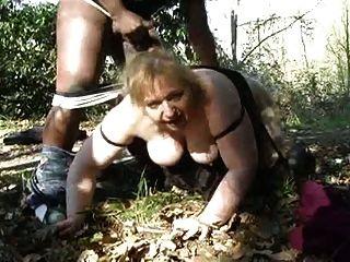वन कमबख्त परिपक्व ऐनी (cuck)