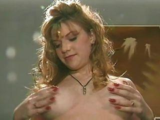 स्तनपान कराने वाली रेड इंडियन गड़बड़ हो जाता है
