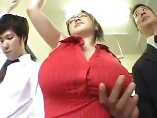 malaxe एमईएस बड़े स्तन