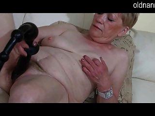 दादी और सेक्सी उपहार