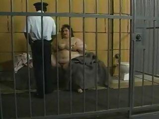 जेल में SSBBW