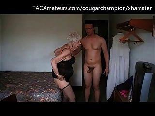 विजेता की fucks 90 साल पुराने दादी मार्ज लेस्बियन