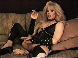 लिसा Dupree - धूम्रपान और पथपाकर