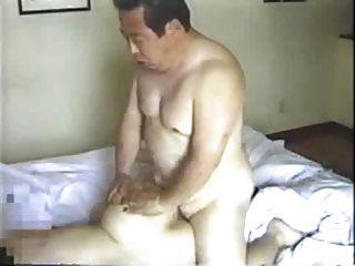 जापानी बड़े आदमी अपने सचिव fucks