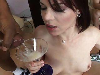 दाना DeArmond पेय 8 jizzshot