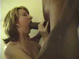 चूसने बड़ा काला मुर्गा सफेद पत्नी