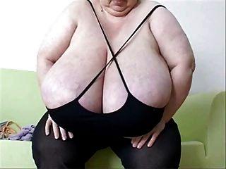श्रीमती।Inga हाथी स्तन - मात्रा 4