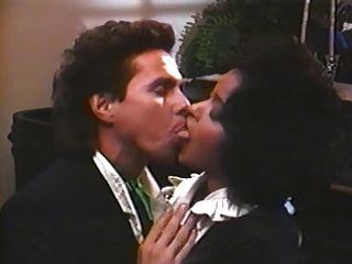 साटन एन्जिल्स (1987) फुल पुरानी फिल्म