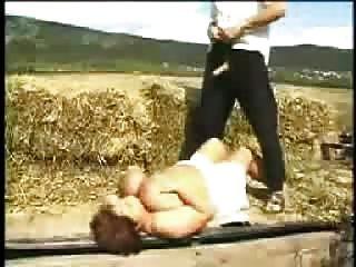 किसानों की कटाई Snahbrandy द्वारा बड़ी बेटी