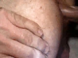 मोटी और चिपचिपा समलैंगिक क्रीम पाई