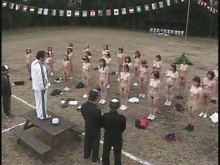 परिपक्व जापानी महिलाओं पट्टी और व्यायाम