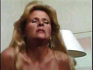 tanned गोरा परिपक्व पत्नी