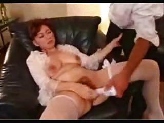 एशियाई पत्नी