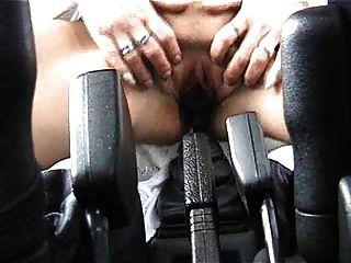 चरम जर्मन महिलाओं fucks उसके गियर छड़ी (ctrent): 2