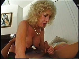 बालों दादी dildo और बीबीसी प्यार करता है