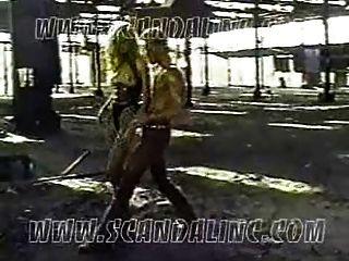 कैमरून डियाज़ - बंधन फिल्म टेप