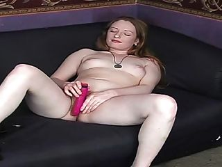 वास्तविक रेड इंडियन बालों वाली लाल बिल्ली गुलाबी स्तन त्वचा पीली 2