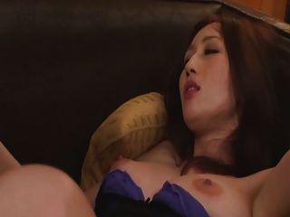 जापानी जूलिया 3