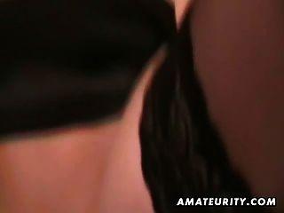 गर्म गोरा शौकिया प्रेमिका बेकार है और चेहरे के साथ fucks
