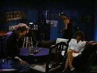 कैटालिना पांच 0: तोड़फोड़ (1990) फुल पुरानी फिल्म