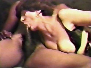 सफेद परिपक्व 2 काले लंड pt1 द्वारा गड़बड़ पत्नी