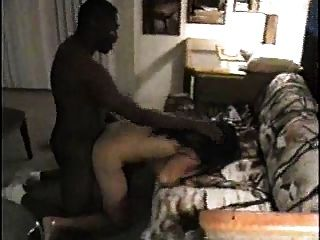 कमबख्त अपने एशियाई पत्नी