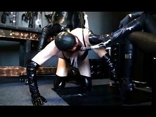 mistresses उनकी फूहड़ का उपयोग