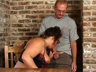बीबीडब्ल्यू पत्नी 1