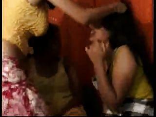 देसी, भारतीय, समलैंगिक त्रिगुट के लिए twosome