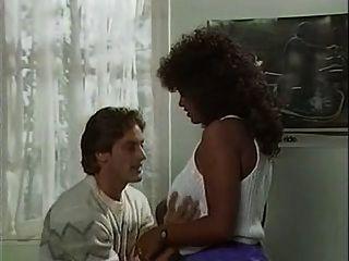 प्रेम की देवी - 1986