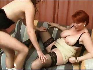 परिपक्व माँ और लड़की -lesbian खेल