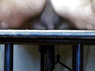 gloryhole मेज पर वैक्यूम मदद