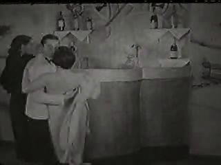 न्यडिस्ट-बार (सीए 1920)