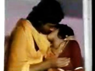 भारतीय गर्म माँ उसके गाउन चला जाता है और मुश्किल fucjked - जेपी SPL